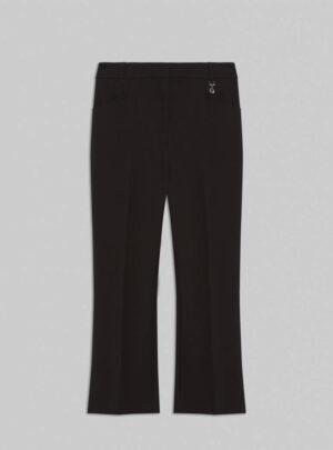 Pantaloni kick-flare fit
