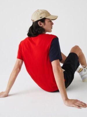 T-shirt da uomo color block con collo rotondo e scritta Lacoste